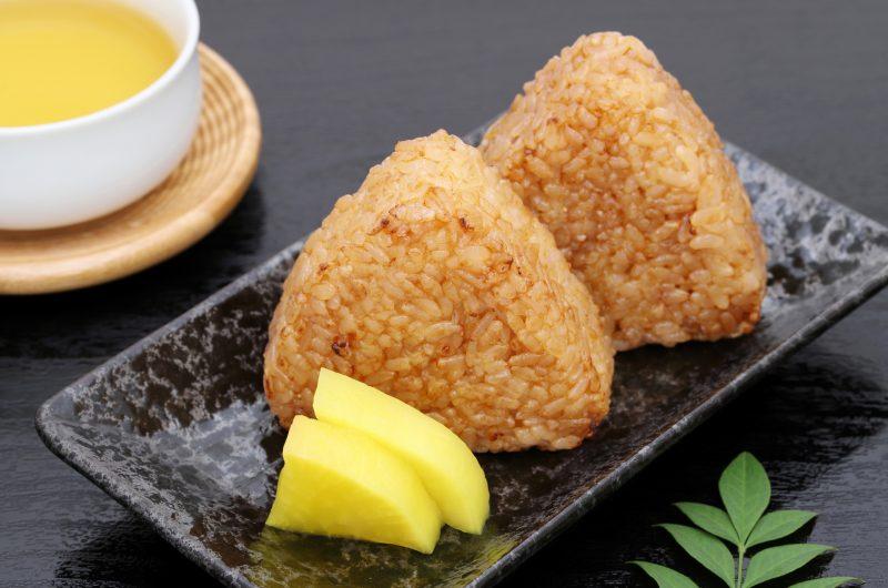 シラスのチーズ焼きおにぎりのレシピ【ノンストップ】